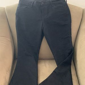 Old Navy black micro flare jeans 😍